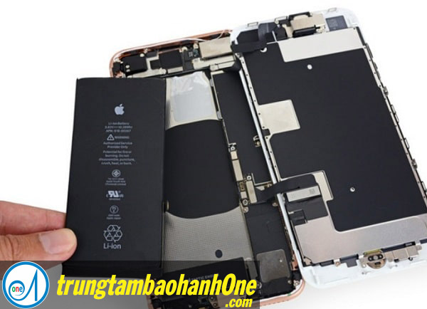 Thay pin iPhone 7 Plus quận 4