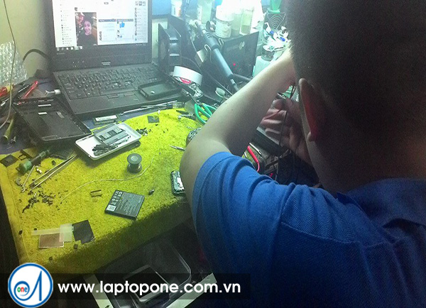 Sửa chữa bảo hành điện thoại Asus