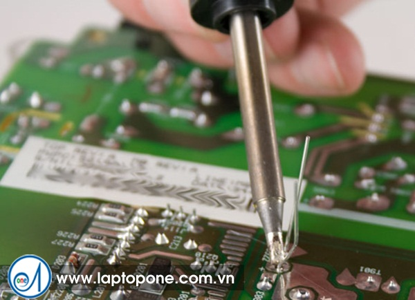 Sửa chữa bảo hành laptop Acer ASPIRE SWITCH SW5-014P uy tín
