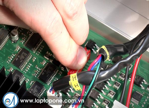 Sửa chữa bảo hành laptop Sony VAIO VPC-EB42FXJ