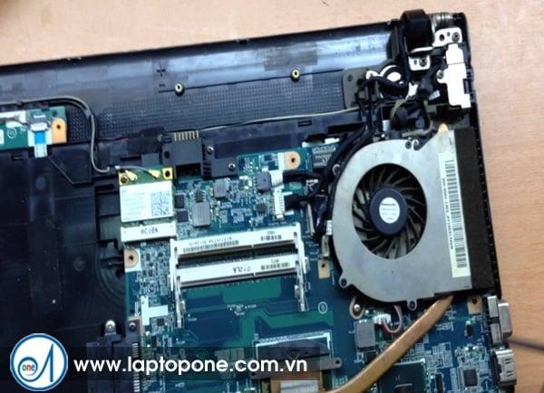 Sua laptop Sony SVS13 - 122 CX uy tin