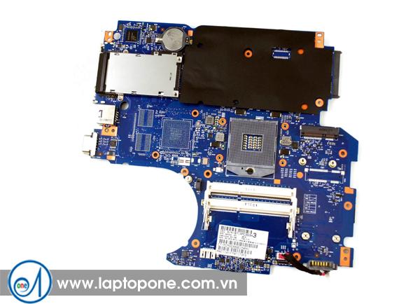 Thay mainboard laptop HP 15-r042TU giá rẻ