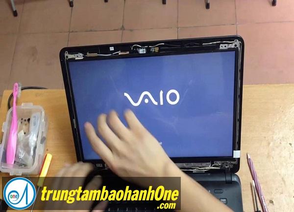 Thay màn hình Laptop SONY VAIO FIT SVF 14A15CX Tại Huyện Nhà Bè