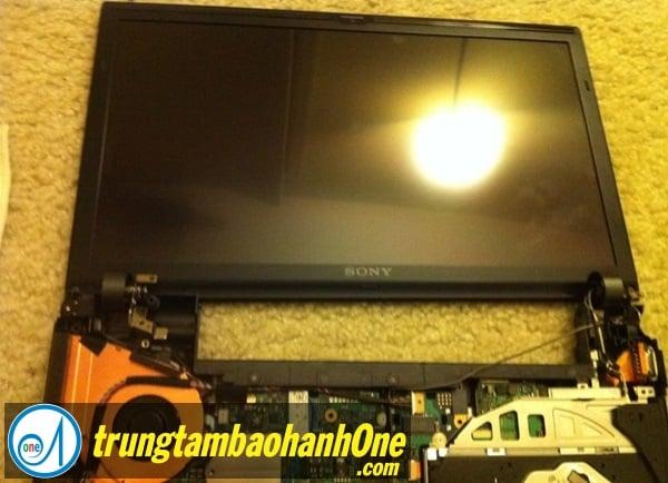 Thay màn hình Laptop SONY VAIO VPC CA15FG Tại Quận Bình Tân