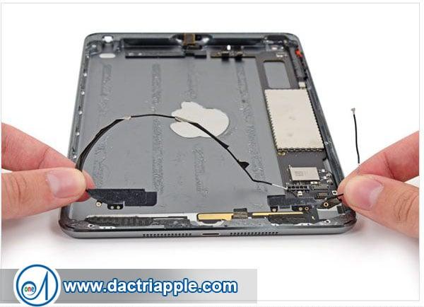Thay nút nguồn iPad Mini 3