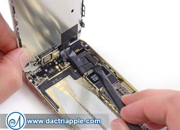 Thay nút nguồn iPhone 5s