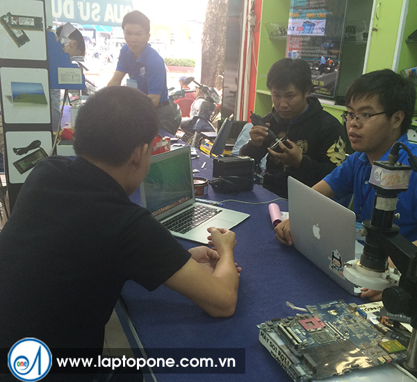 Thay ổ cứng laptop Acer quận 5