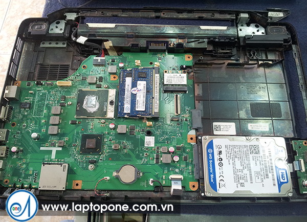 Thay ổ cứng laptop Dell 1410 1318 A840 quận 3