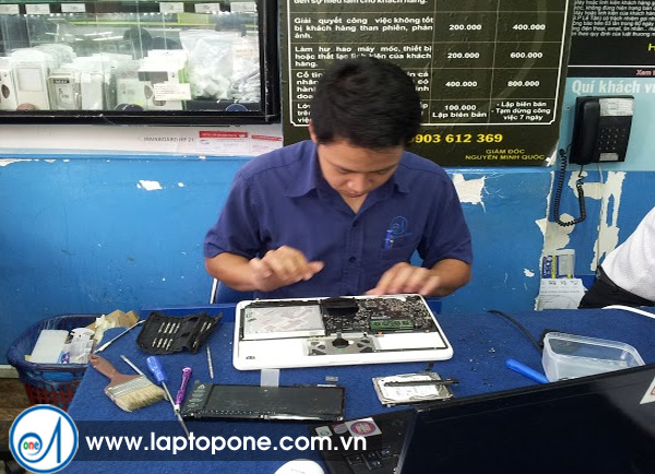 Thay ổ cứng laptop Sony
