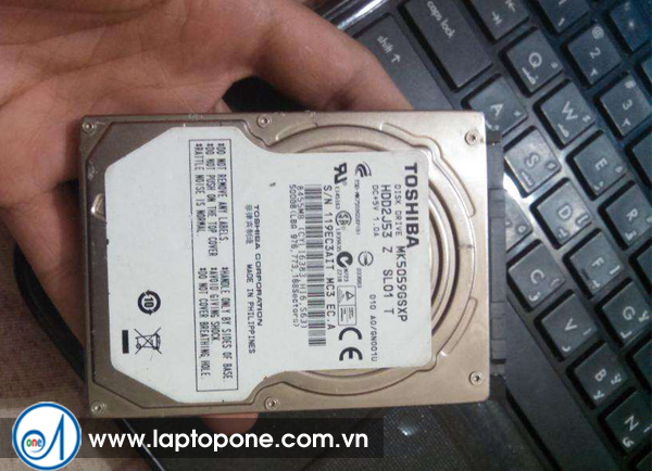 Thay ổ cứng laptop Toshiba A105 A135 quận 12