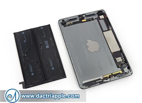 Thay pin iPad Mini 3 quận 2