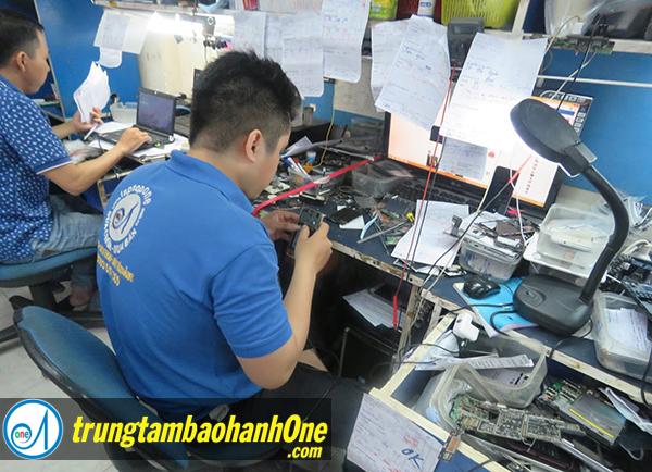 Thay pin iPhone 6S Plus quận Tân Phú