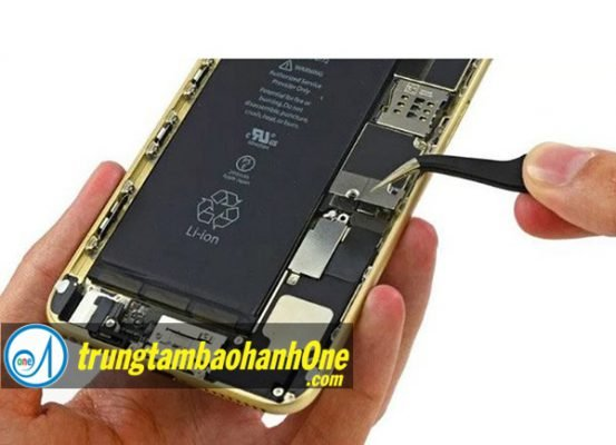 Thay pin iPhone 7