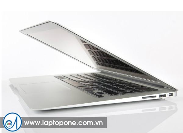 Thu mua Macbook Air MD224 giá cao