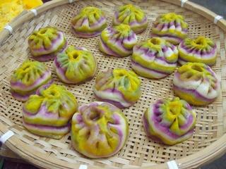 banh-bao-ngu-sac-3-144132-xahoi.com.vn-1465613958
