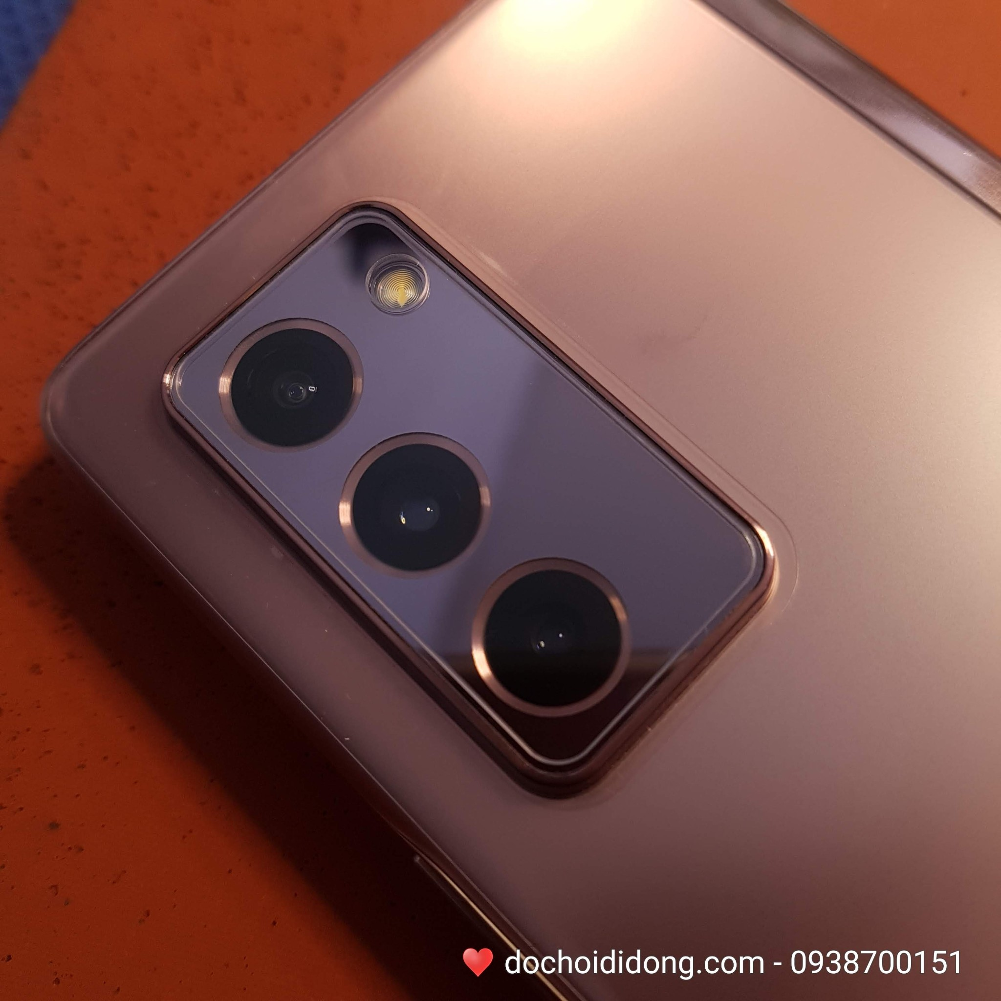 mieng-dan-cuong-luc-camera-samsung-z-fold-2-zacase-thuy-tinh-huu-co