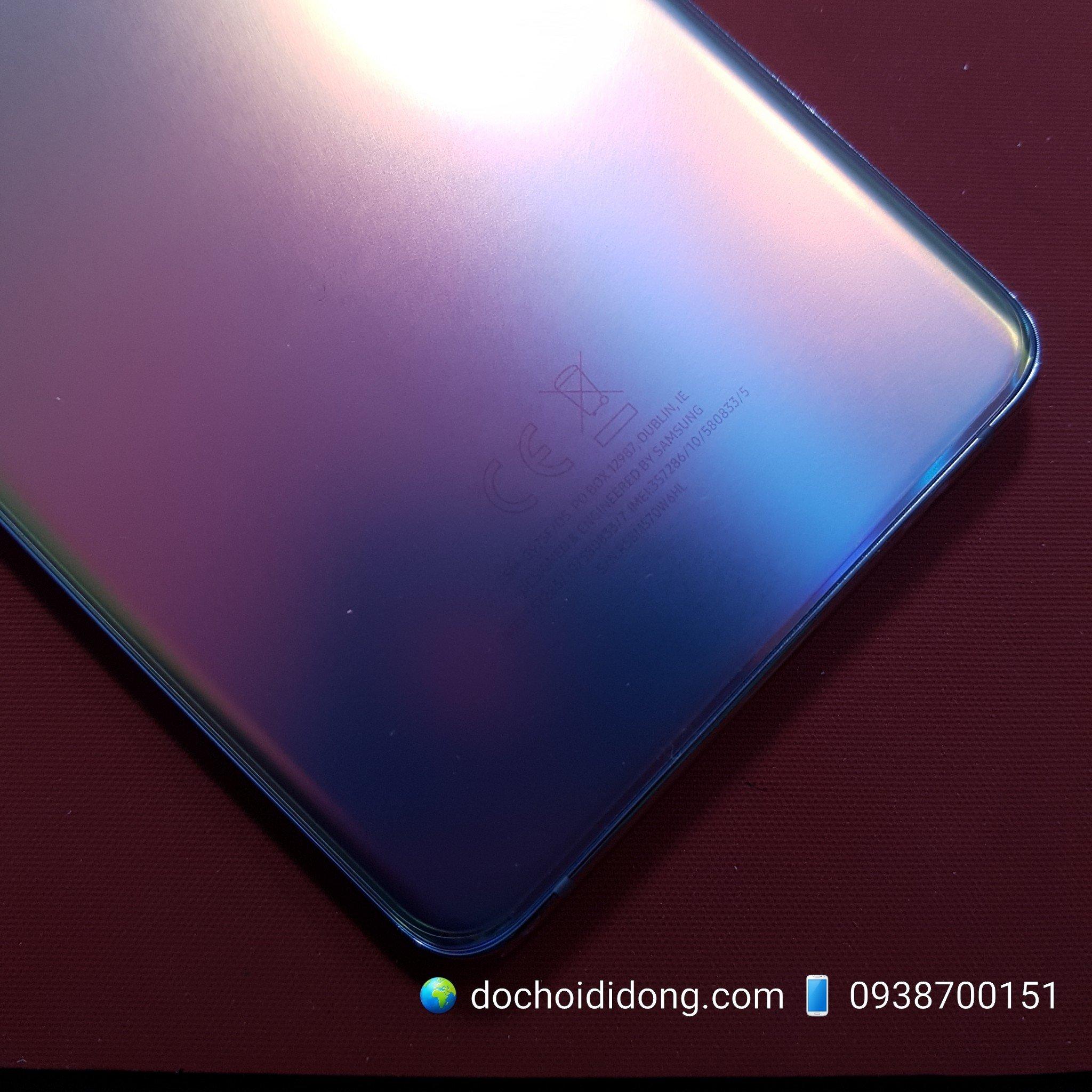 mieng-dan-lung-nham-trong-samsung-s10-plus-matte-flexible