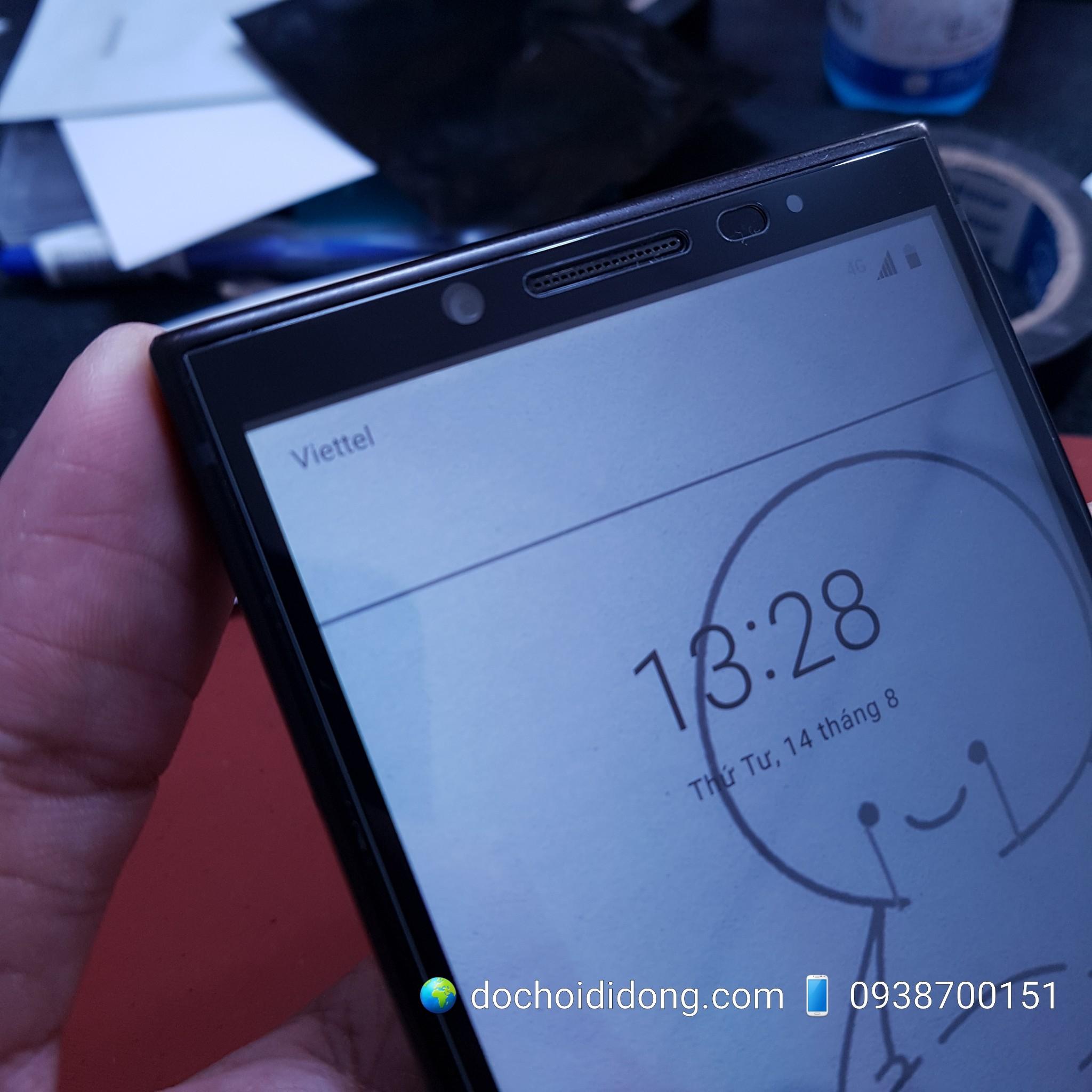 mieng-dan-cuong-luc-blackberry-key2-full-man-hinh-keo-vien