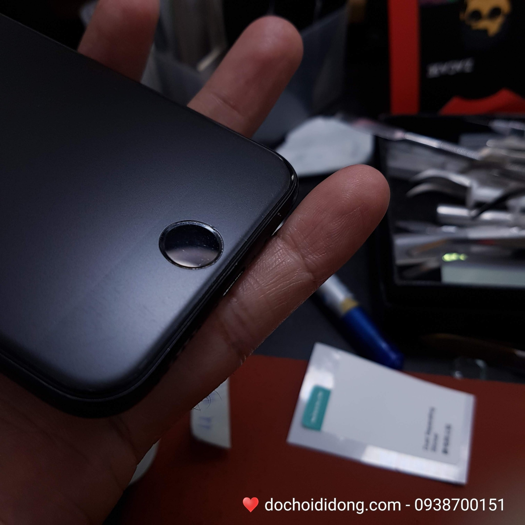 mieng-dan-ppf-iphone-7-trong-nham-doi-mau-cao-cap