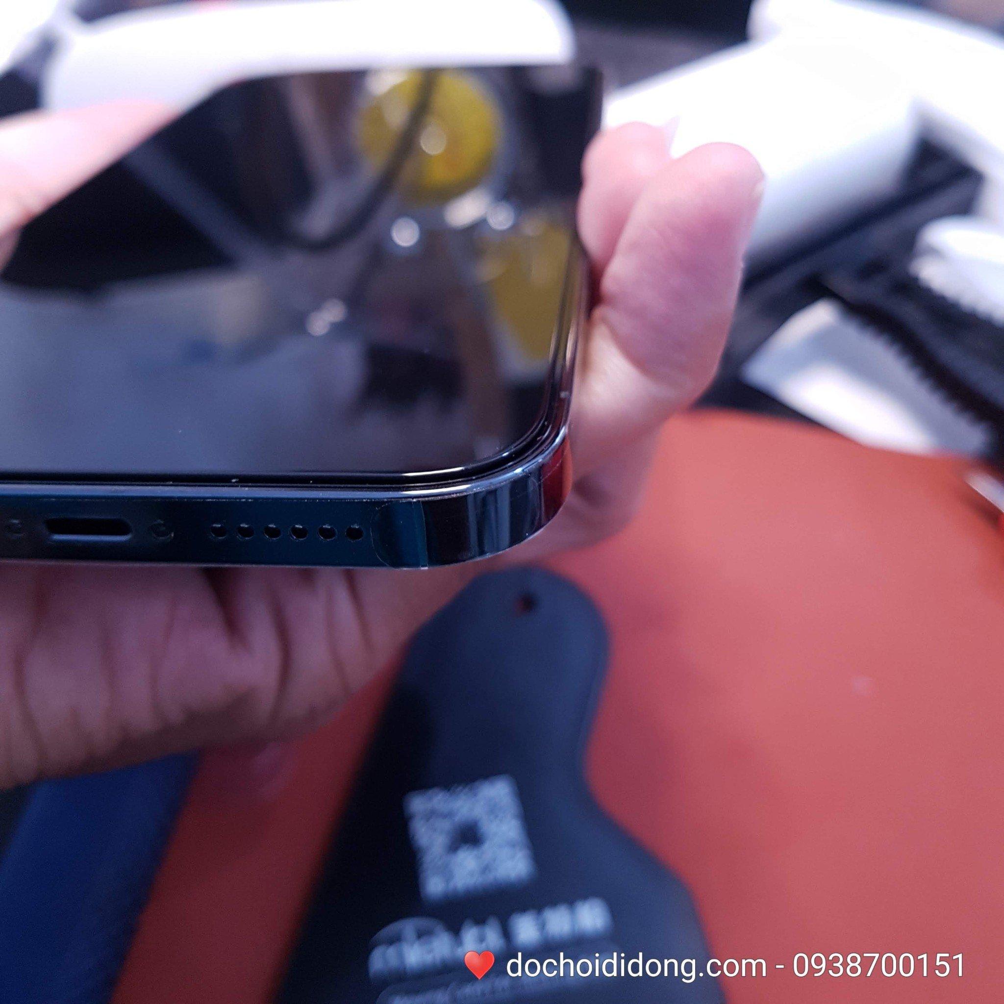 mieng-dan-cuong-luc-iphone-12-pro-max-mini-zacase-all-clear-true-2-5d