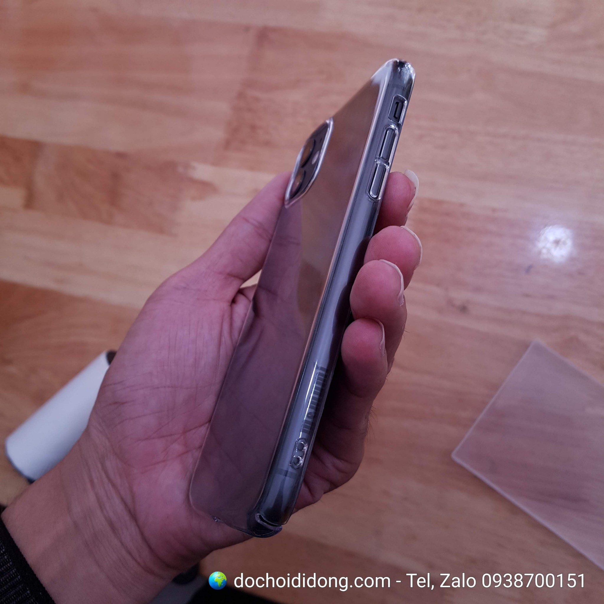 Ốp lưng iPhone 11 Pro Max Memumi Crystal Clear