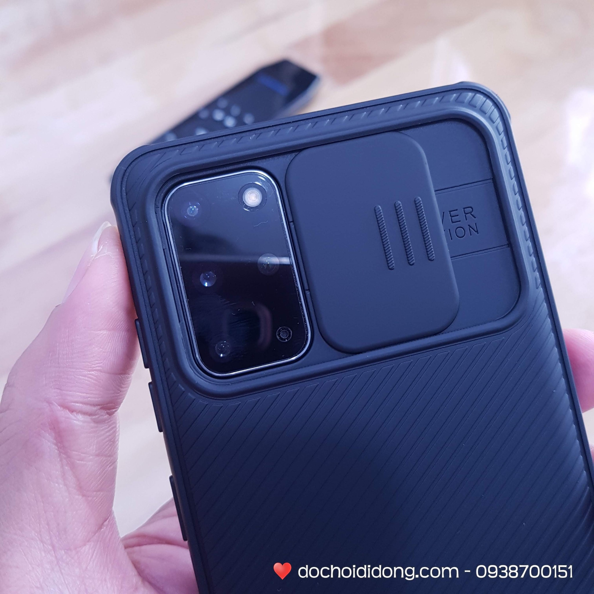 op-lung-truot-che-camera-samsung-s20-s20-plus-s20-ultra-nillkin