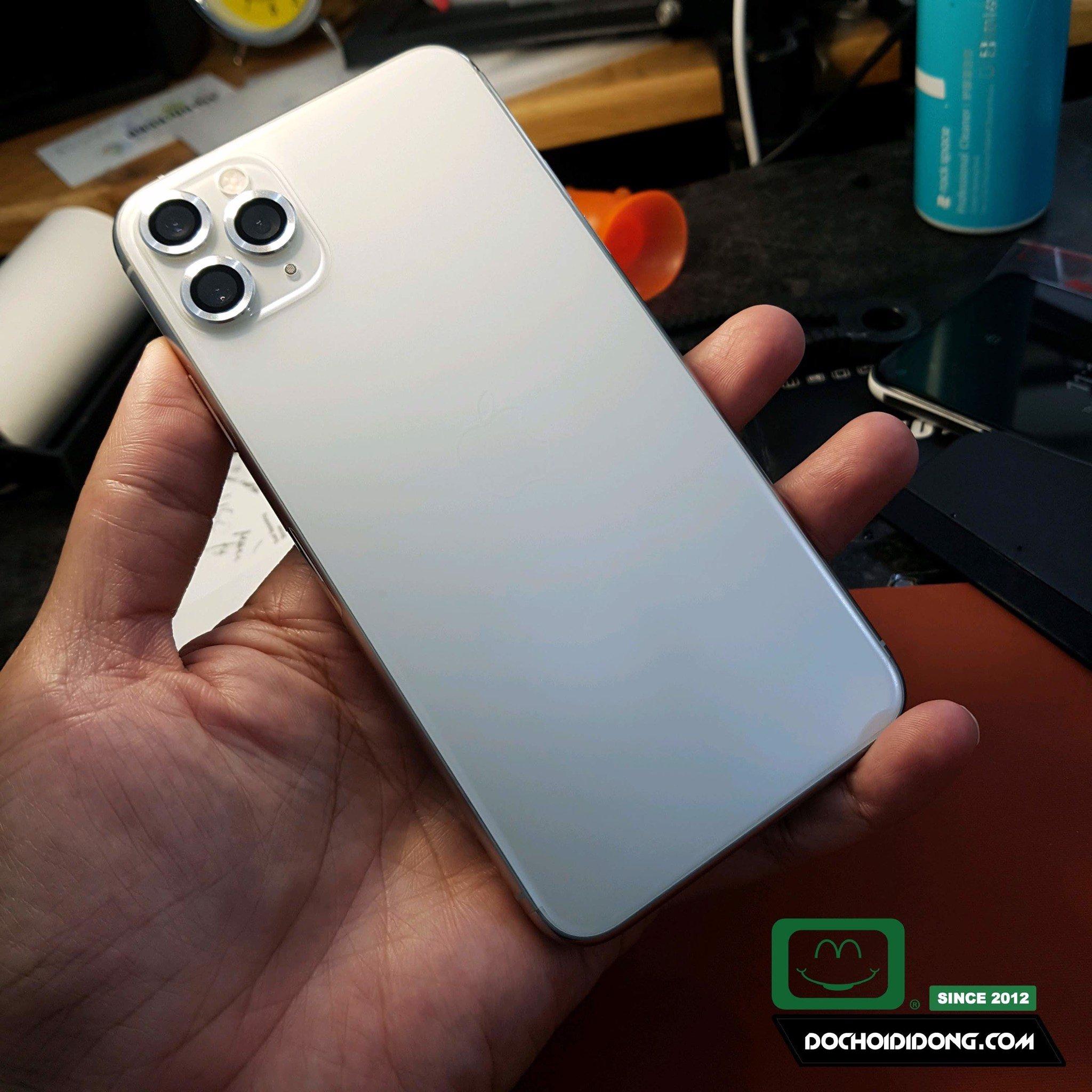mieng-dan-ppf-rock-iphone-11-pro-max-trong-nham-doi-mau-cao-cap