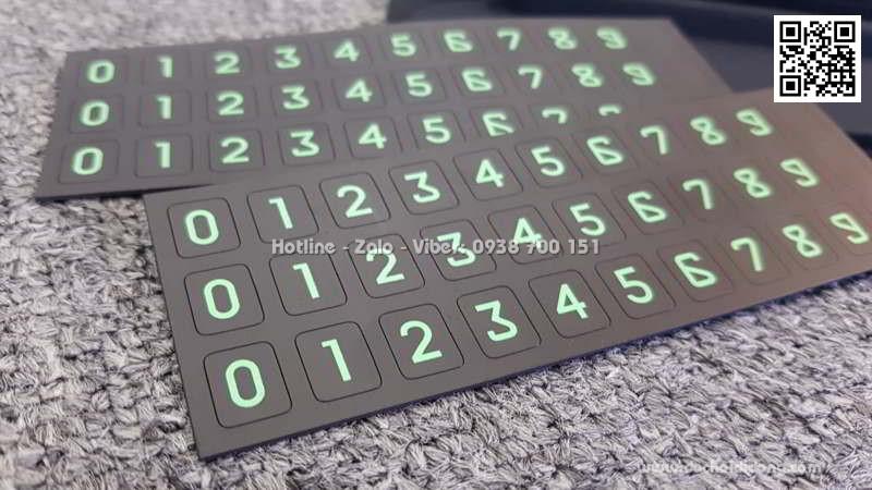 Bảng số điện thoại Baseus dùng trên xe hơi