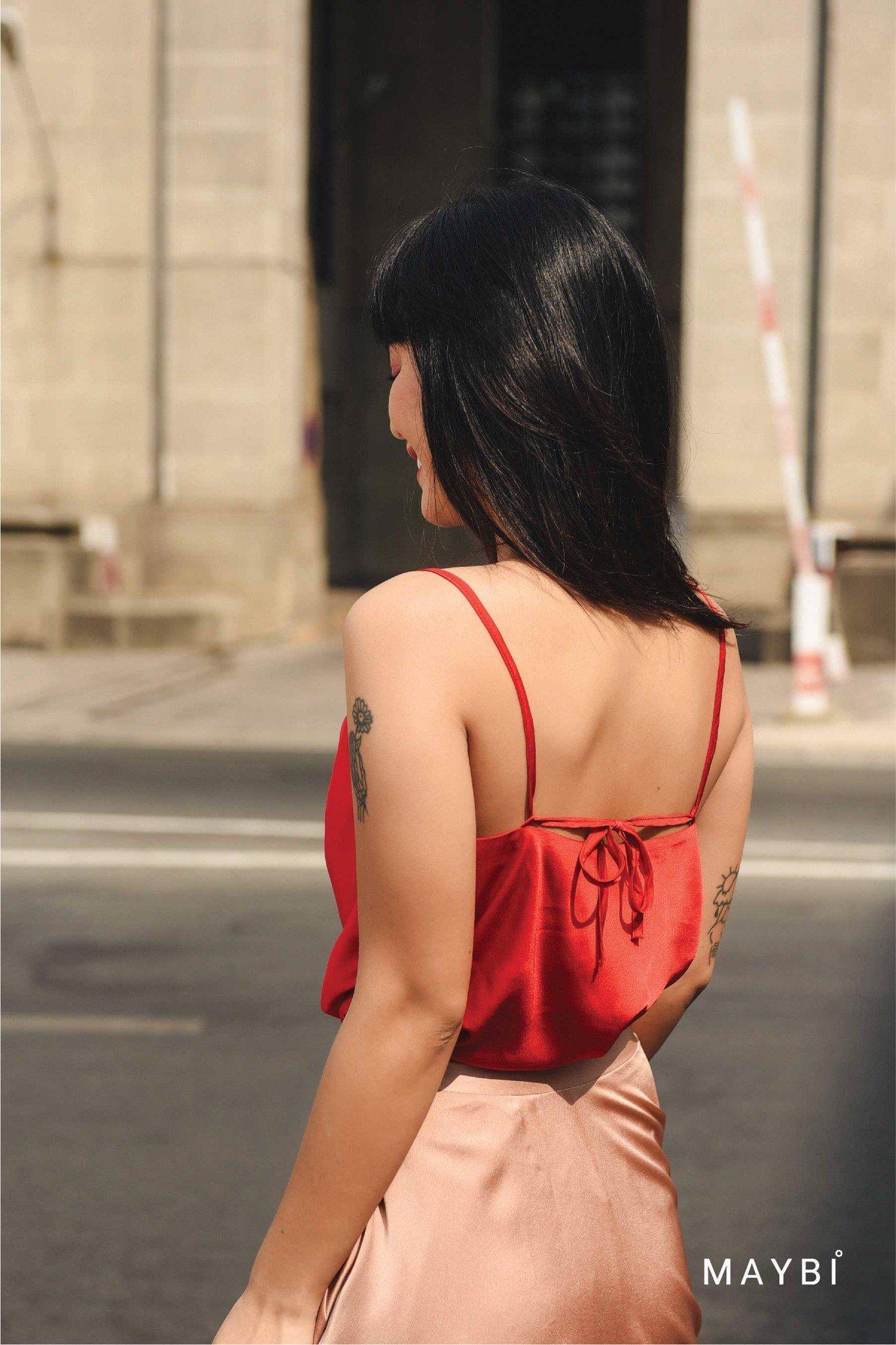 Áo 2 dây đỏ cổ đổ Rowan Red Dress