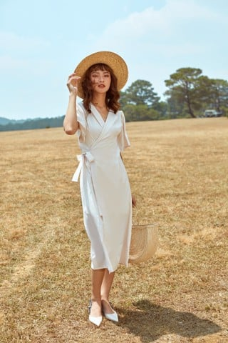Đầm cổ vest - Peachie Dress