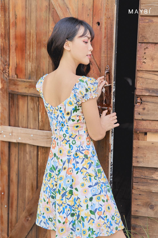Đầm hoa trắng tay nhún - Shimma Dress