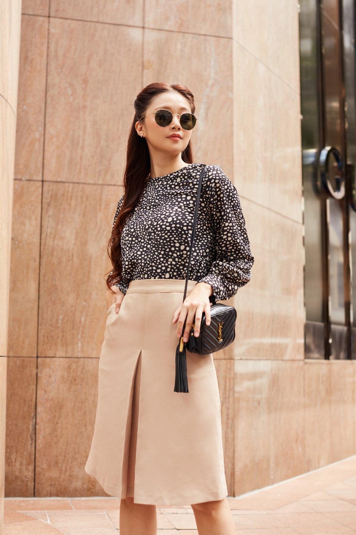 Áo kiểu họa tiết tay dài  Leopard Blouse