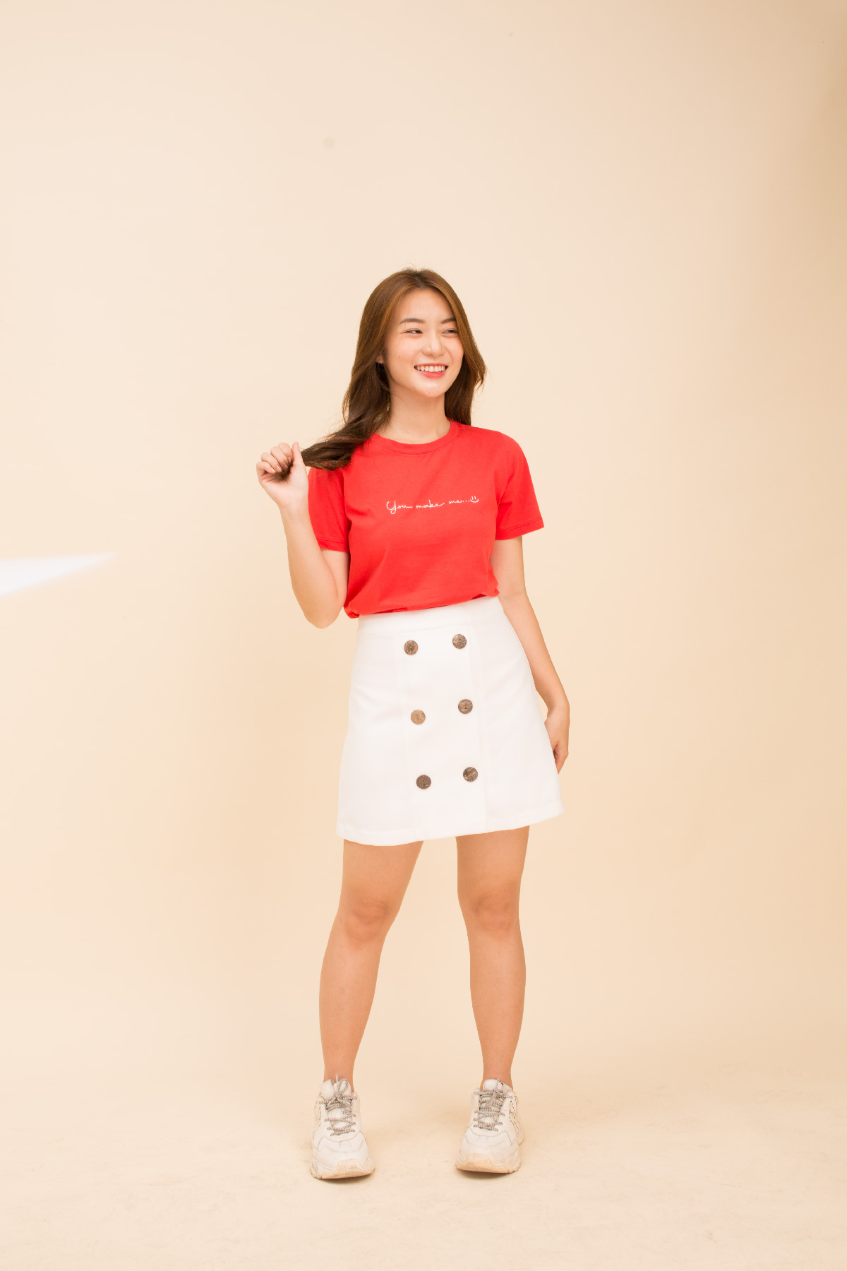Áo thun đỏ form medium