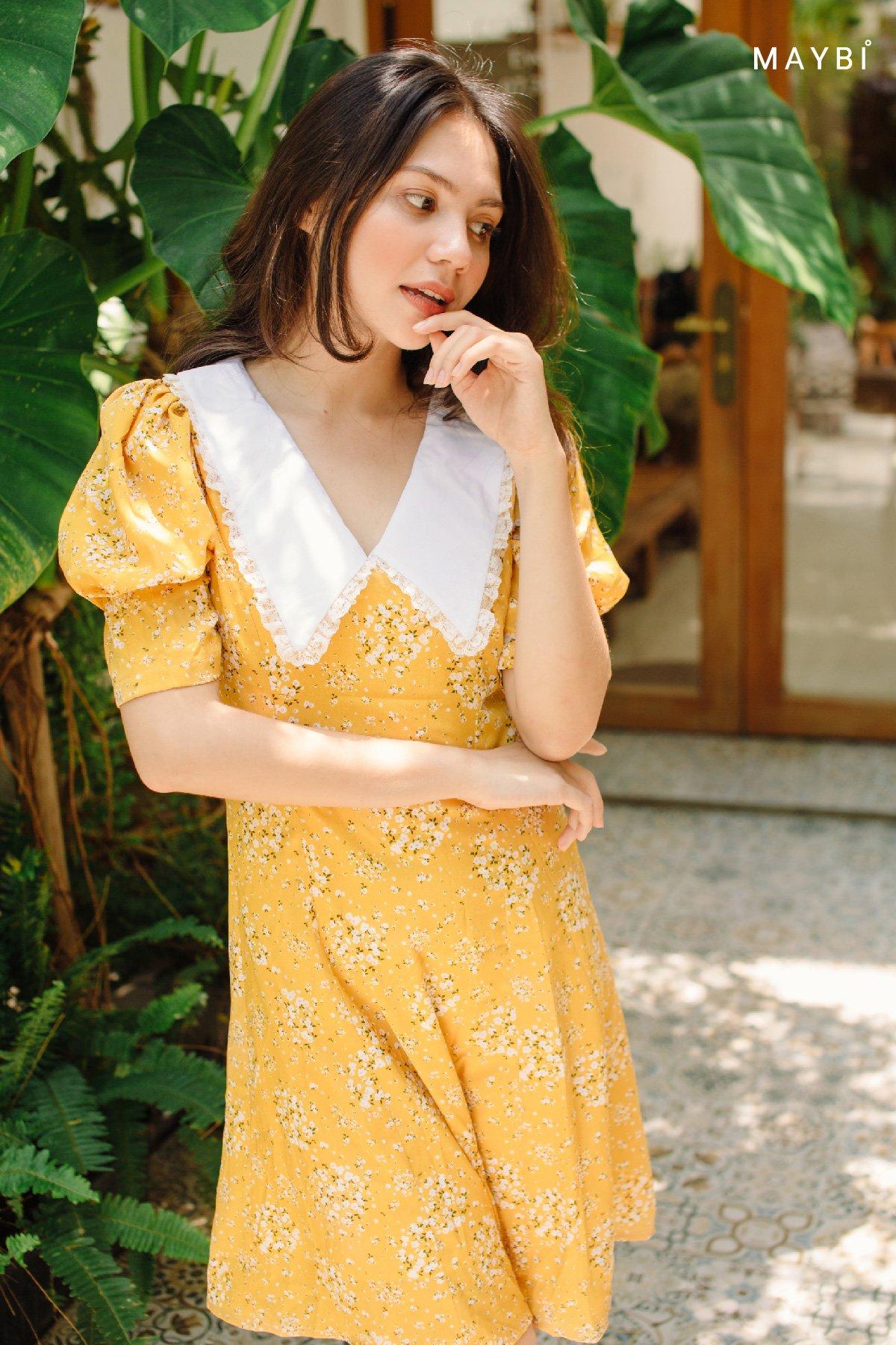 Đầm hoa vàng lá cổ bèo Floral Tiny Dress