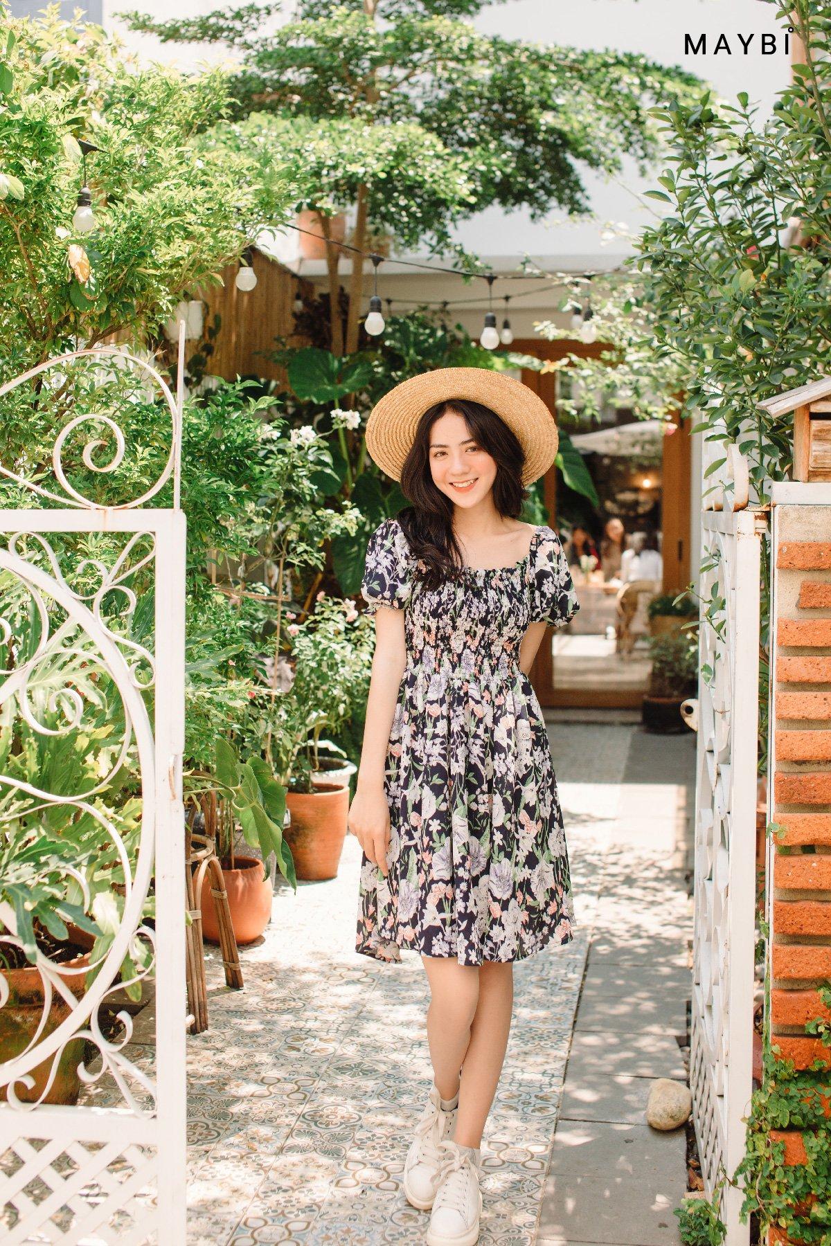 Đầm nhún thân họa tiết hoa Patterned floral Dress