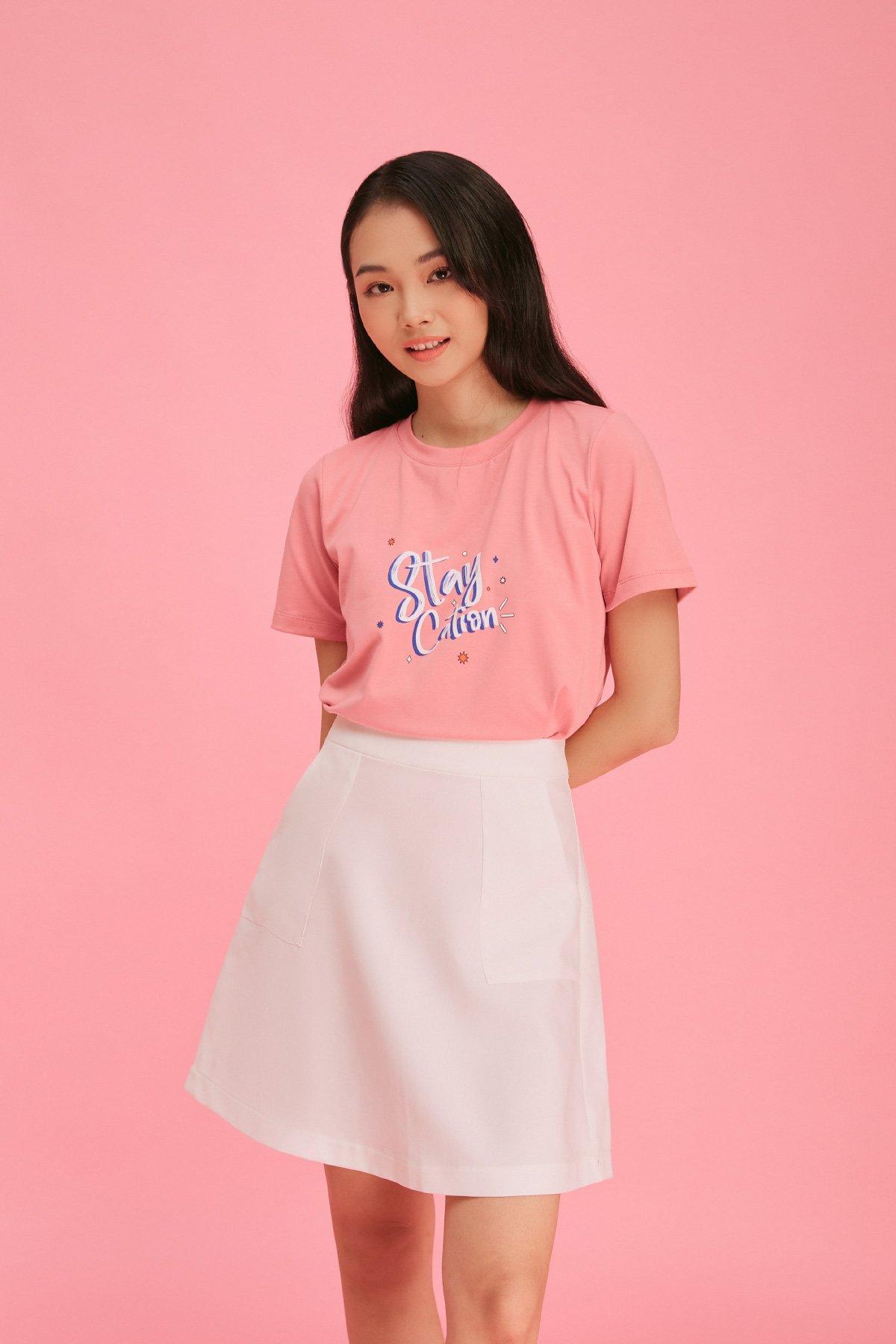 Áo thun hồng form medium