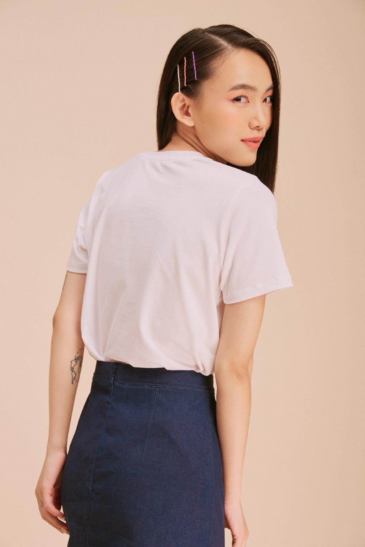 Áo thun trắng form medium