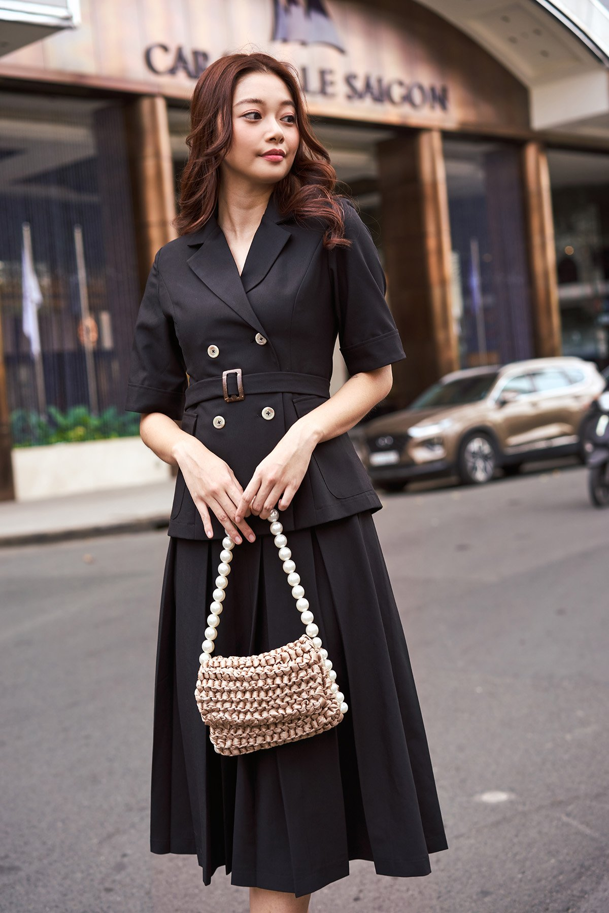 Áo blazer đen tay lửng Fitted Black Blazer Top With Pockets