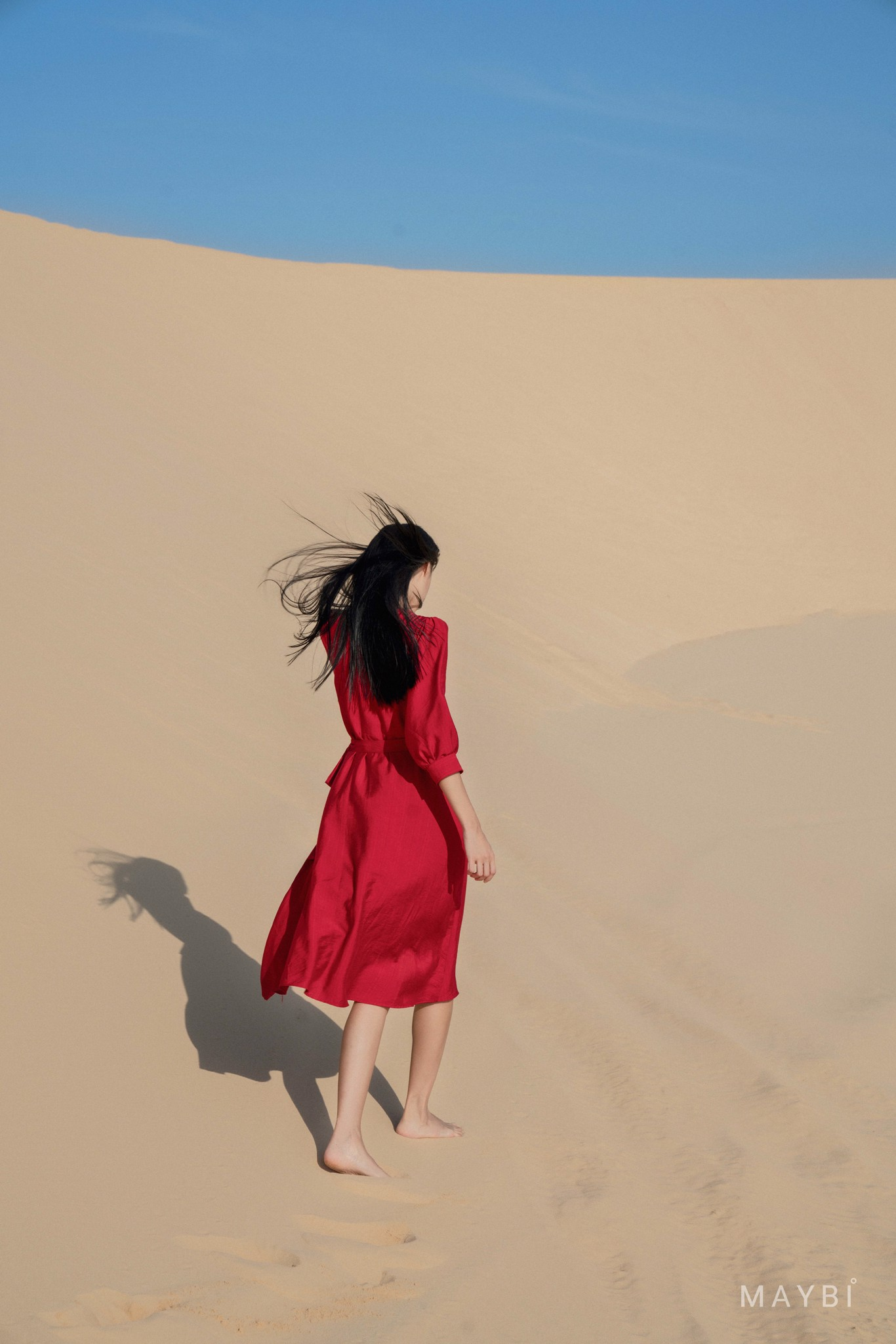 Đầm đỏ tay phồng chắp tà - Gwendy Red Dress