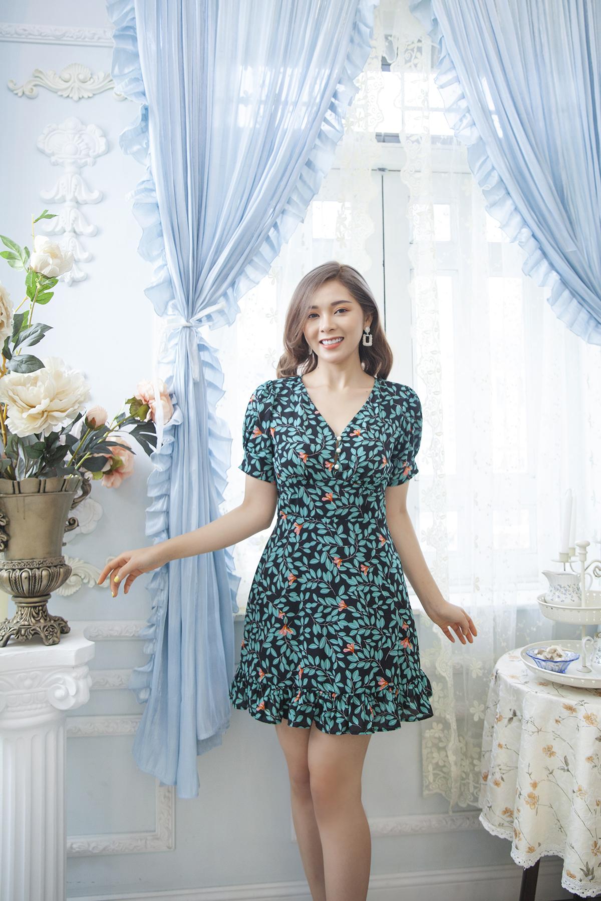 Đầm hoa tay phồng kiểu Floral v-neck puff sleeves dress