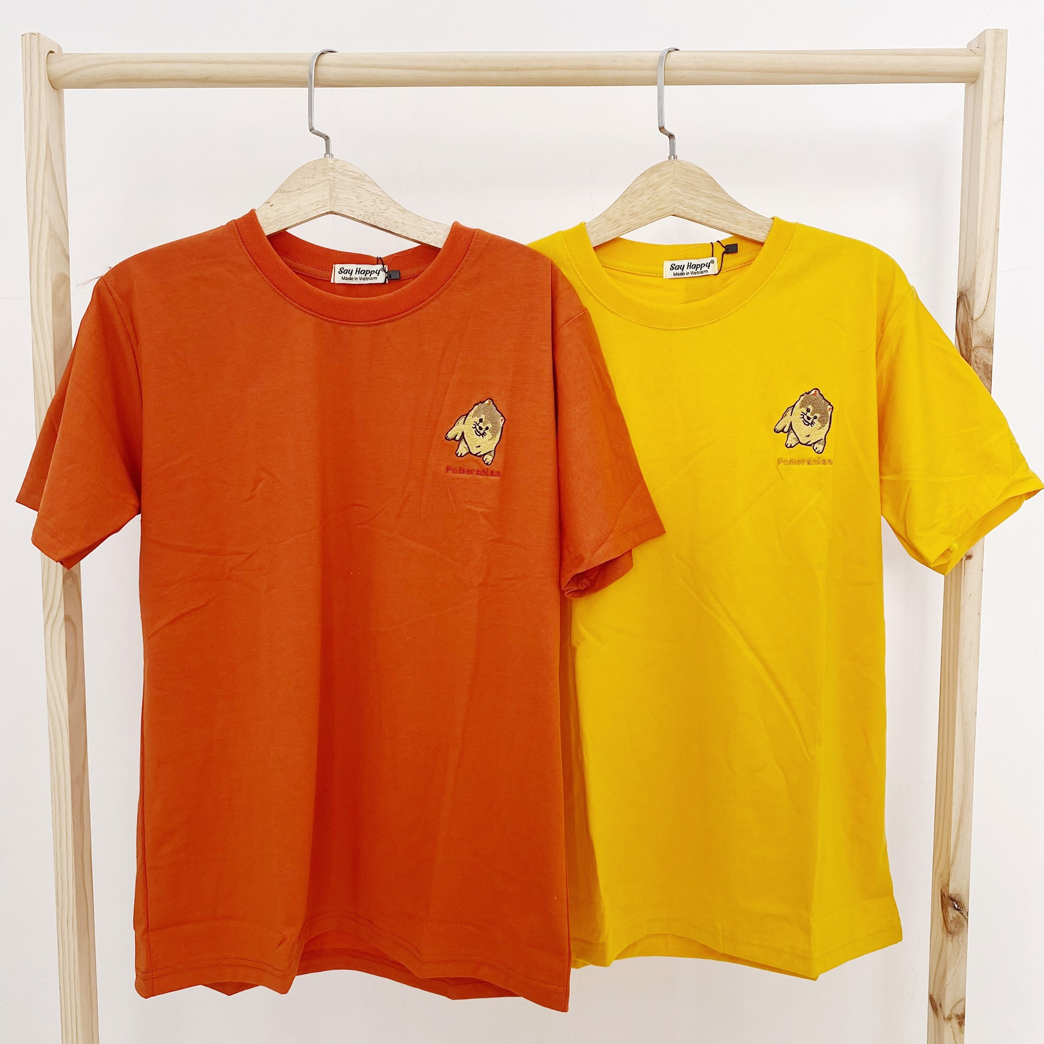 Say Happy Tshirt - Áo thun cam form medium thêu