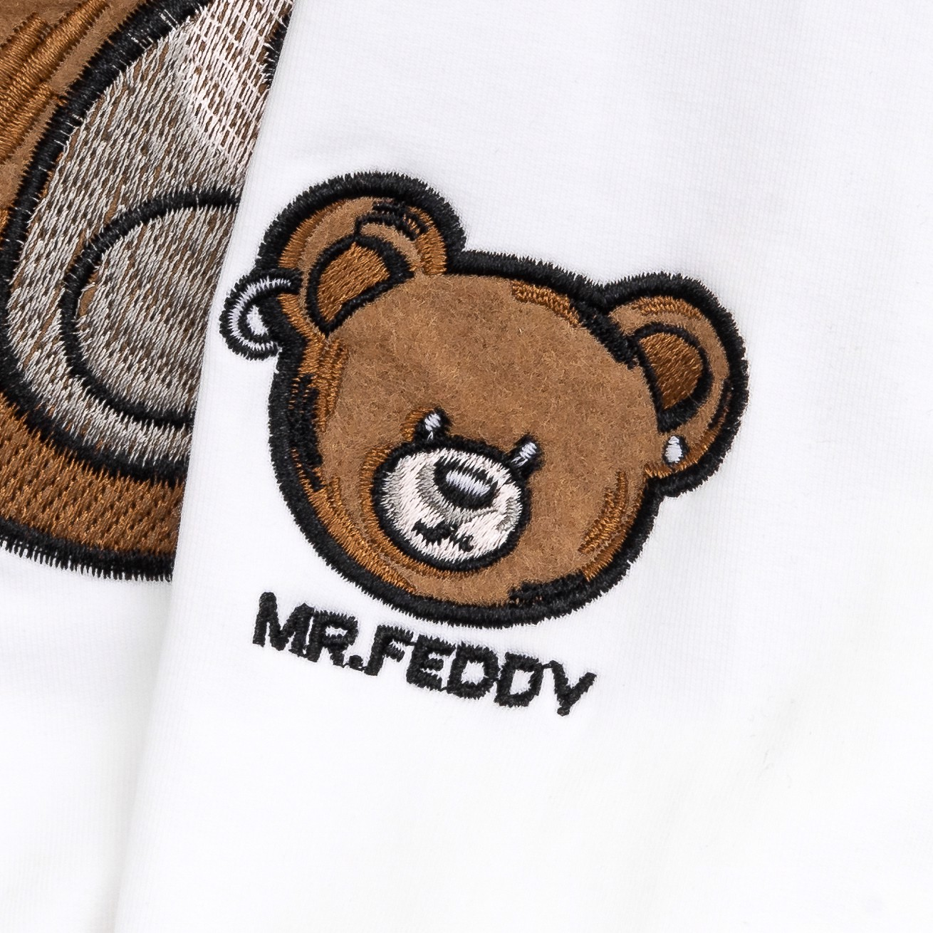 Sweater Mr.Feddy | Trắng