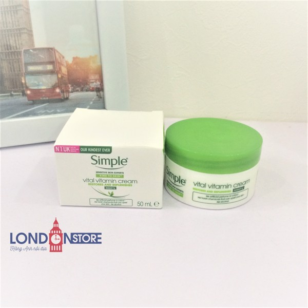 Kem Dưỡng Da Ban Đêm Simple Kind To Skin Vital Vitamin Night Cream 50 ml