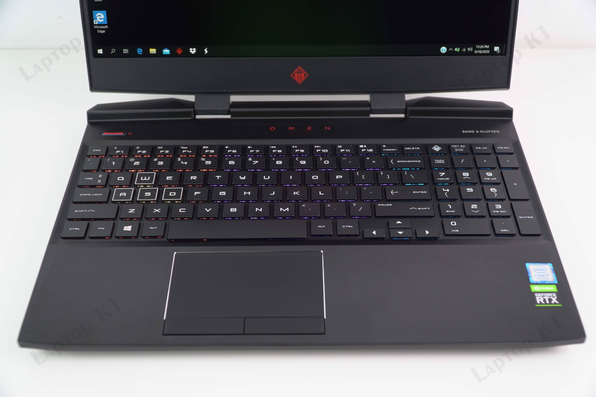 Laptop Gaming HP Omen 15 2019 - Intel Core i7 9750H / GTX1660Ti