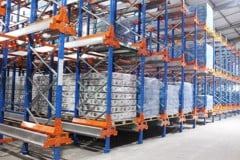 Radio shuttle racking system