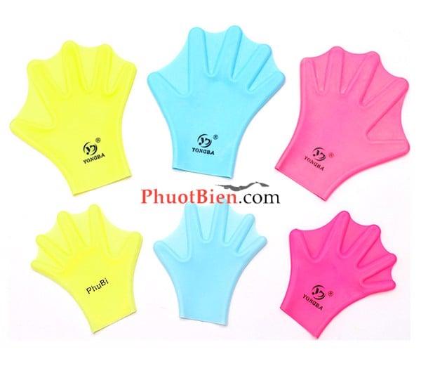 Găng tay bơi màng ếch silicone