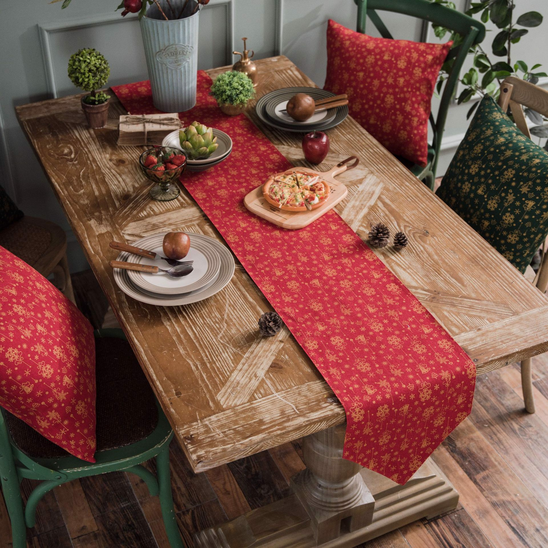 Table runner 02