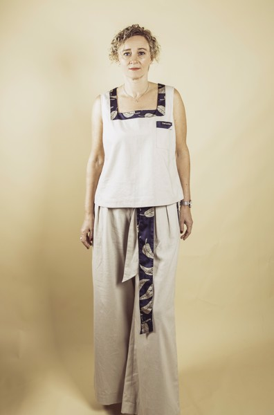 LINEN Sleveless Top with silk detail