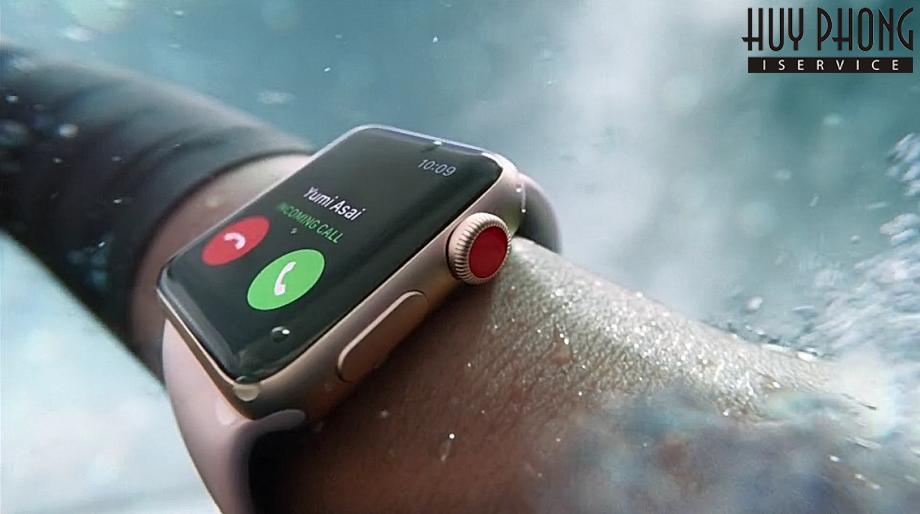 http://iservice.vn/Nhung-dieu-can-biet-truoc-va-sau-khi-mua-dong-ho-Apple-Watch-1