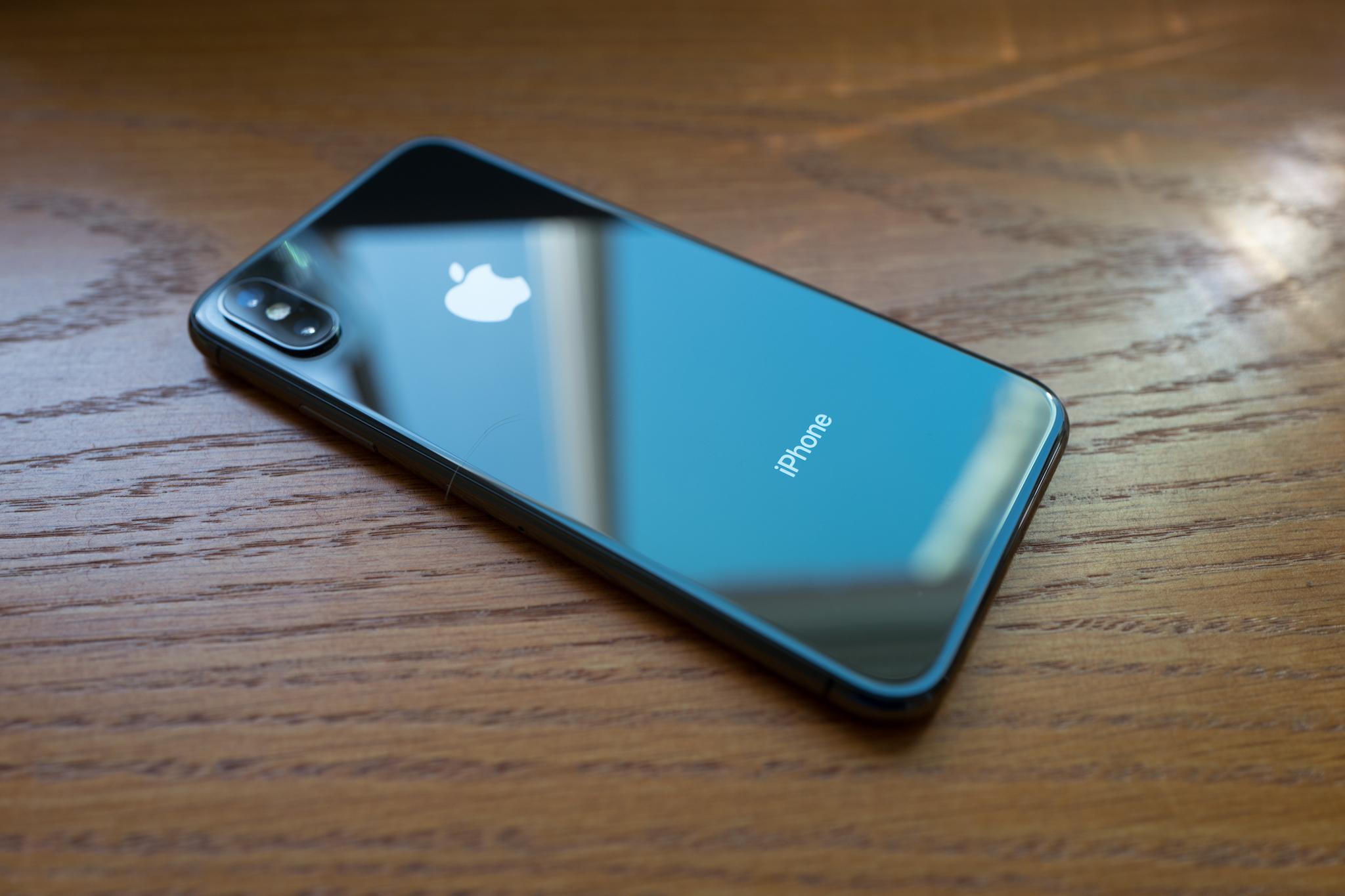 Những điều cần biết trước khi mua iPhone X
